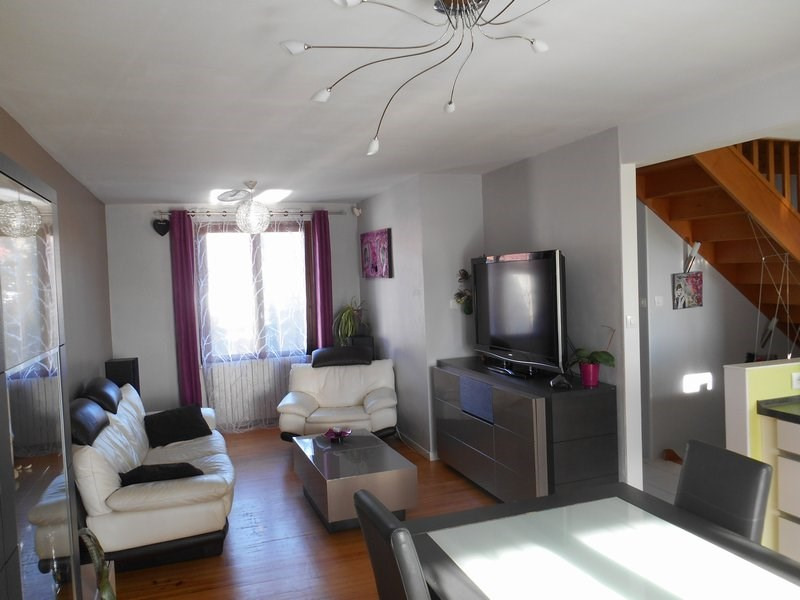 Sale house / villa Bonnefamille 272000€ - Picture 3