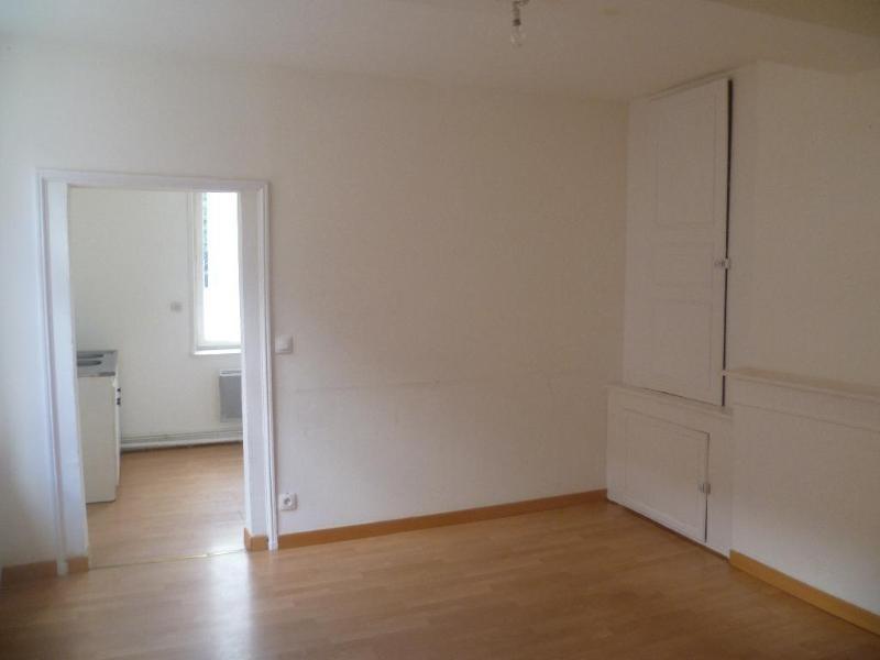 Location appartement Aire sur la lys 380€ CC - Photo 2