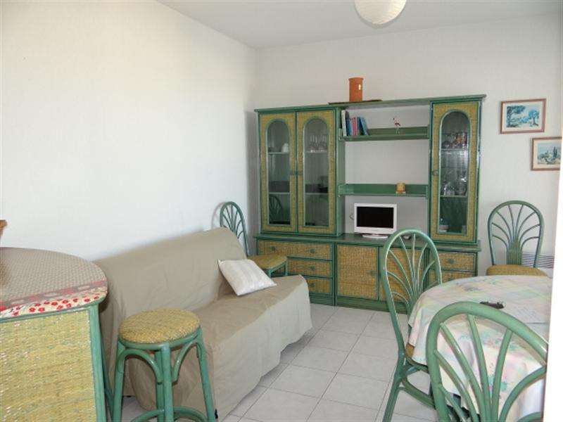 Location vacances appartement Cavalaire 420€ - Photo 10
