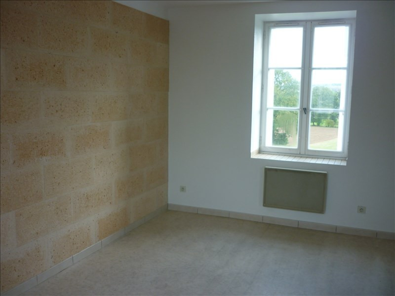 Location appartement Retiers 400€ CC - Photo 2