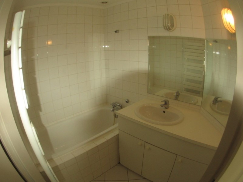 Rental apartment Oullins 619€ CC - Picture 3