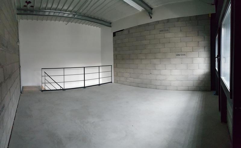 Location Local d'activités / Entrepôt Vif 0