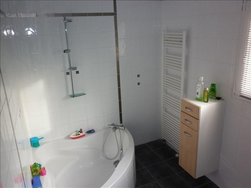 Sale house / villa Thaire 378720€ - Picture 9