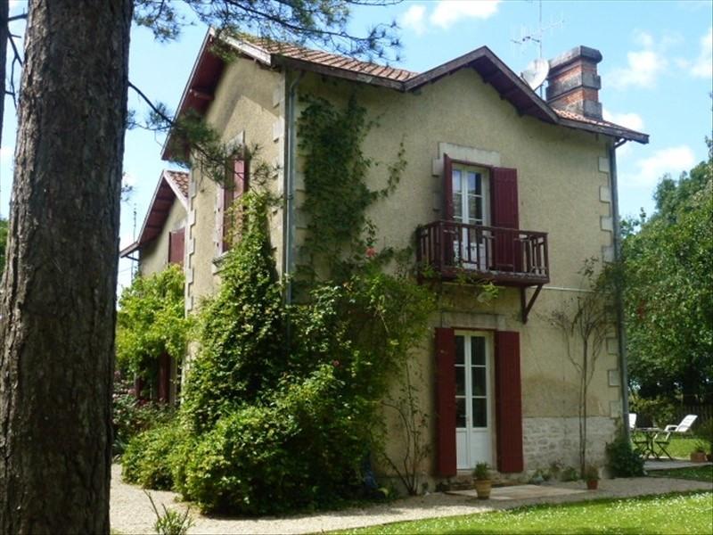 Vente maison / villa Aigrefeuille d aunis 384800€ - Photo 2