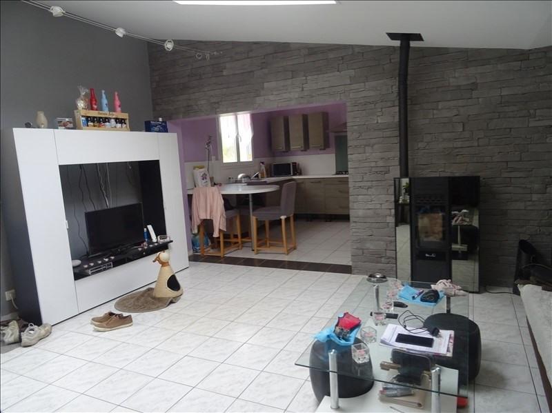 Sale house / villa Ste maure 177000€ - Picture 6