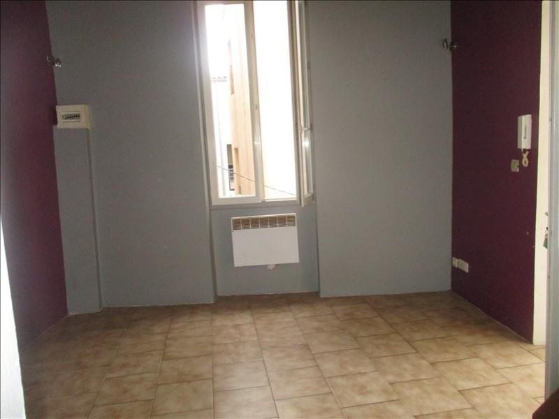 Verhuren  appartement Nimes 345€ CC - Foto 3