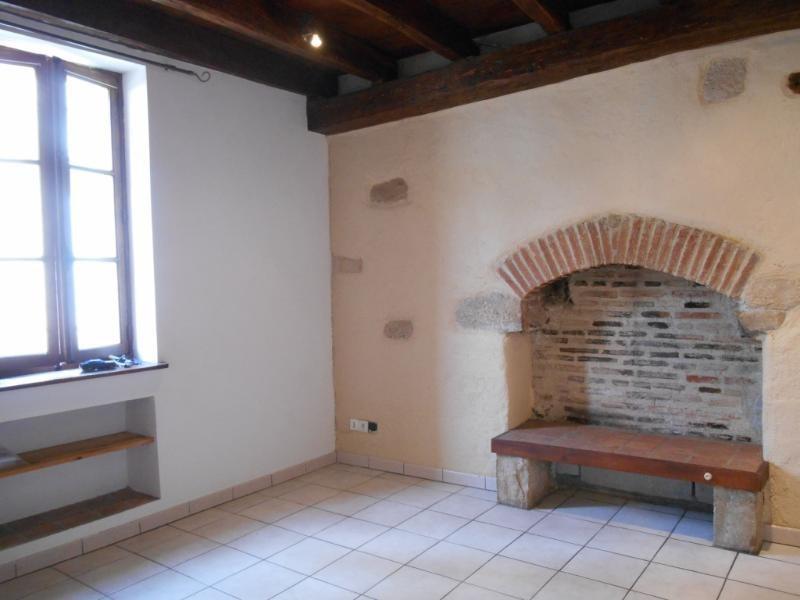 Location appartement Dijon 413€ CC - Photo 1
