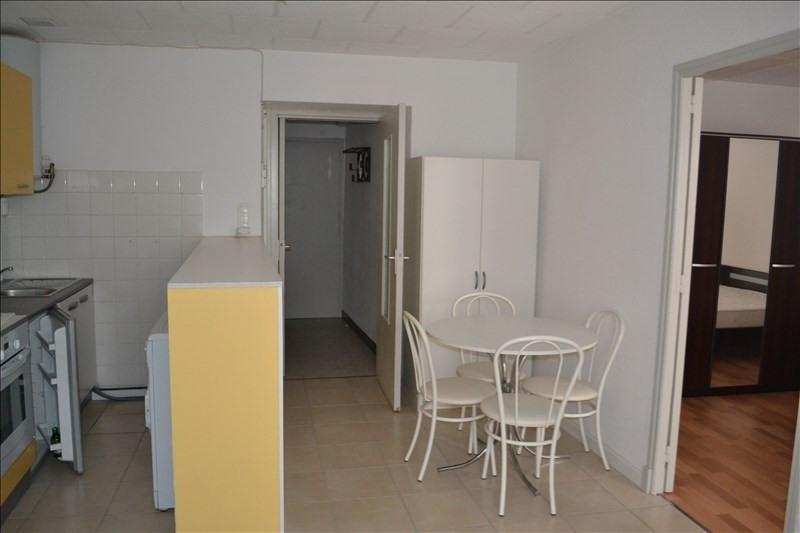 Rental apartment Millau 375€ CC - Picture 2