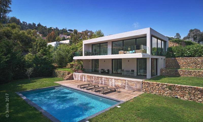 Vermietung von ferienwohnung wohnung Le golfe juan 5400€ - Fotografie 1