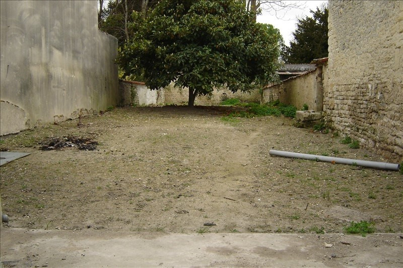 Sale house / villa St jean d angely 45 000€ - Picture 2
