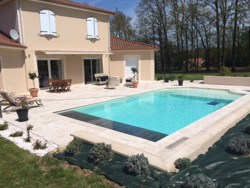 Sale house / villa Oradour sur glane 353000€ - Picture 1