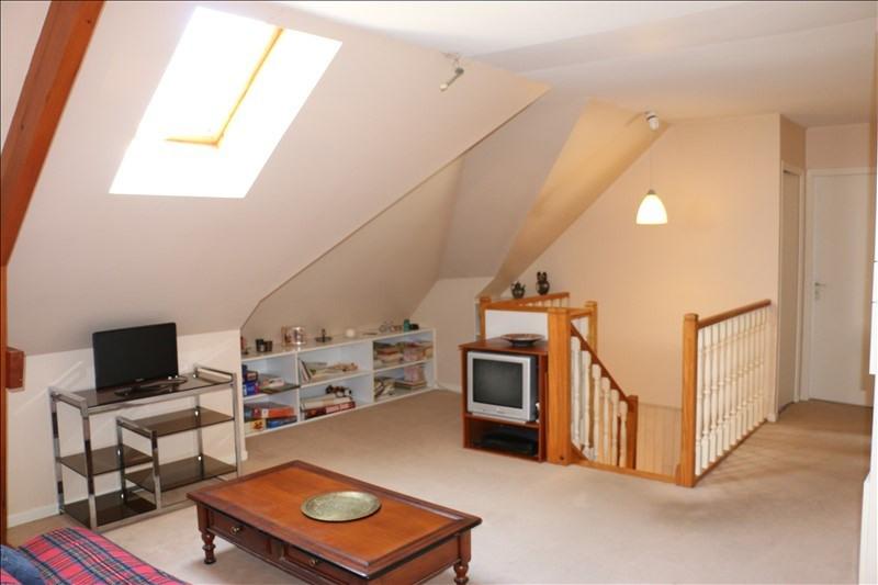 Sale house / villa St nom la breteche 819000€ - Picture 5
