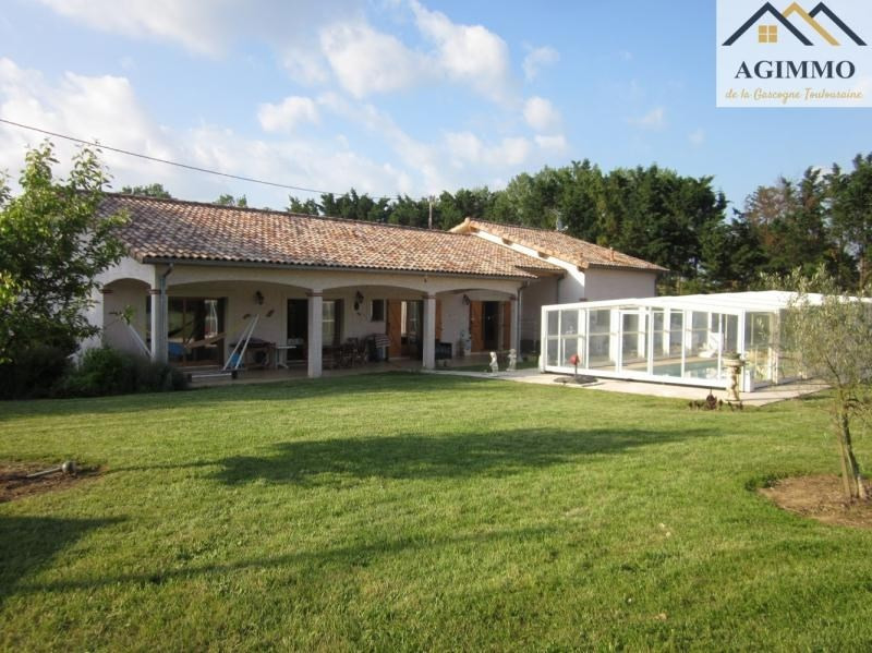 Sale house / villa L isle jourdain 520 000€ - Picture 1