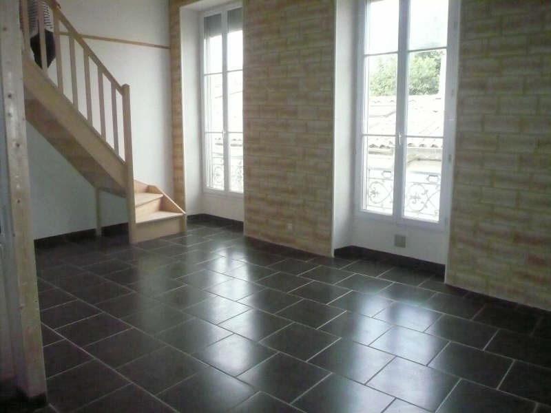 Rental apartment Nimes 720€ CC - Picture 2