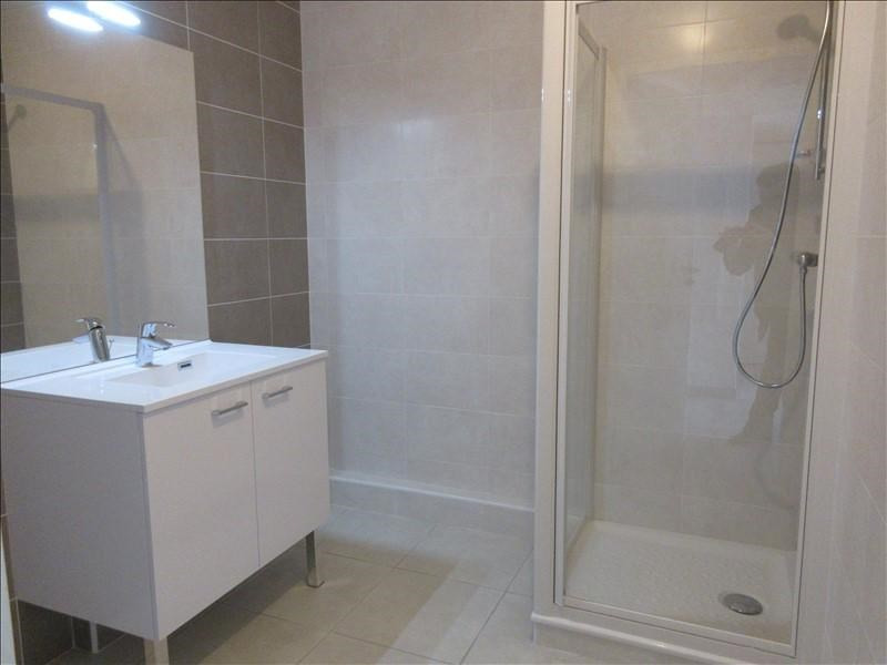 Rental apartment Voiron 780€ CC - Picture 3