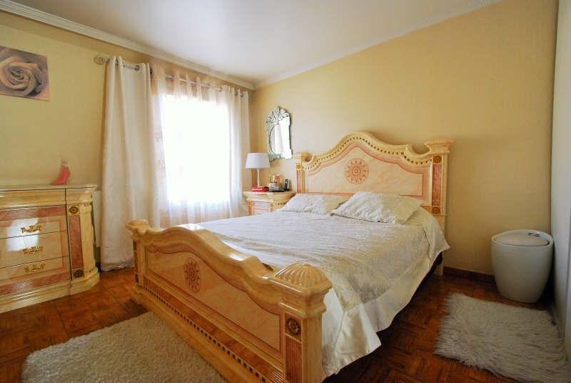 Sale house / villa Bezons 329000€ - Picture 4