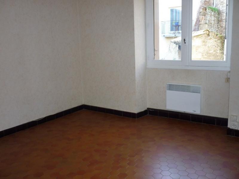 Location appartement Saint-étienne-de-fontbellon 497€ CC - Photo 4