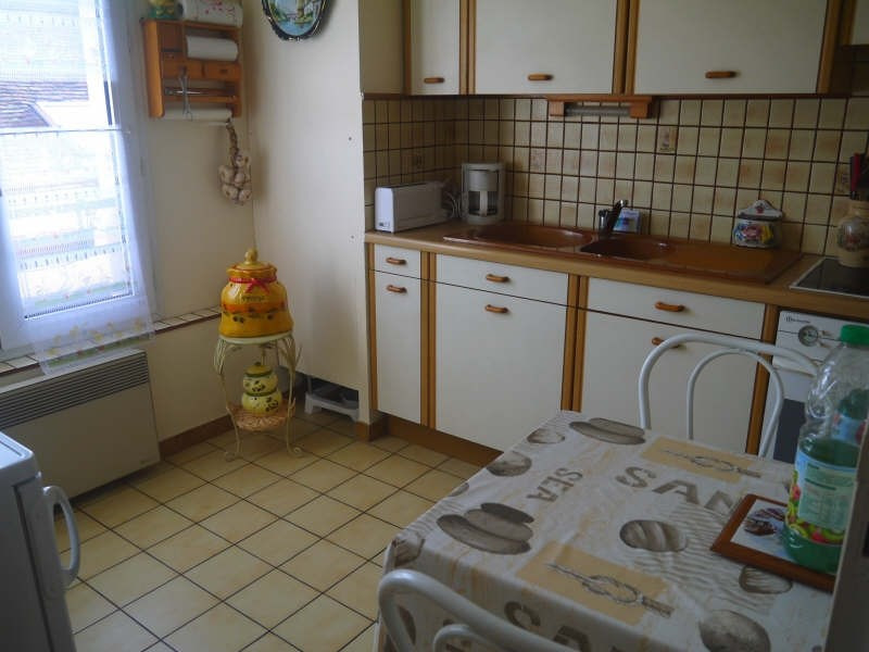 Revenda apartamento Chanteloup les vignes 130000€ - Fotografia 2