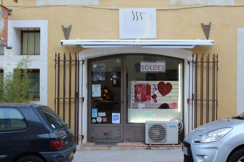 Location local commercial La roque d antheron 750€ HC - Photo 5