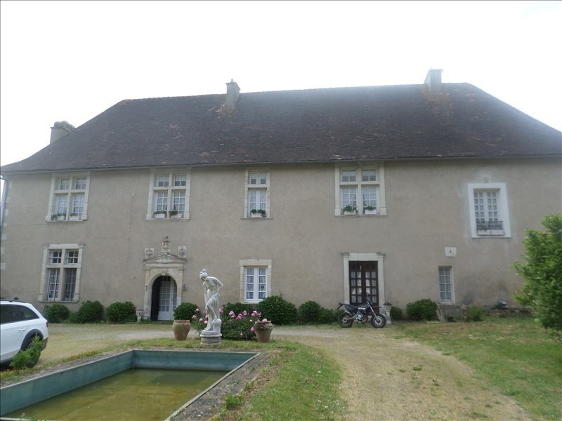 Vente maison / villa Gencay 242000€ - Photo 1