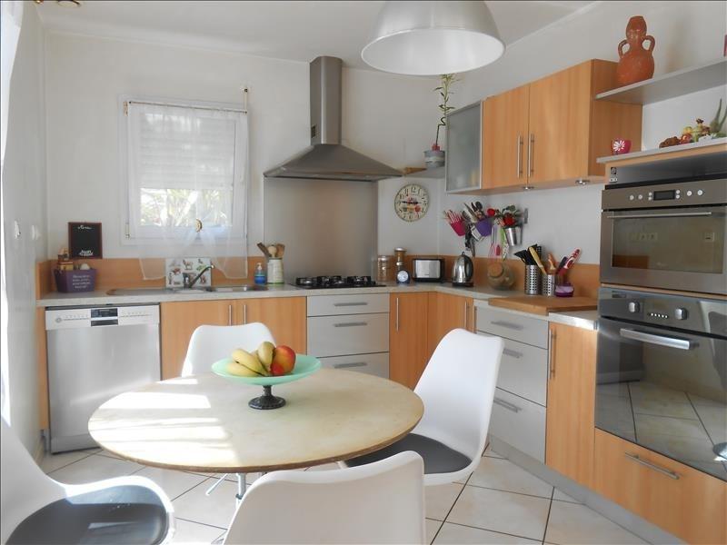 Sale house / villa Pluguffan 234300€ - Picture 3