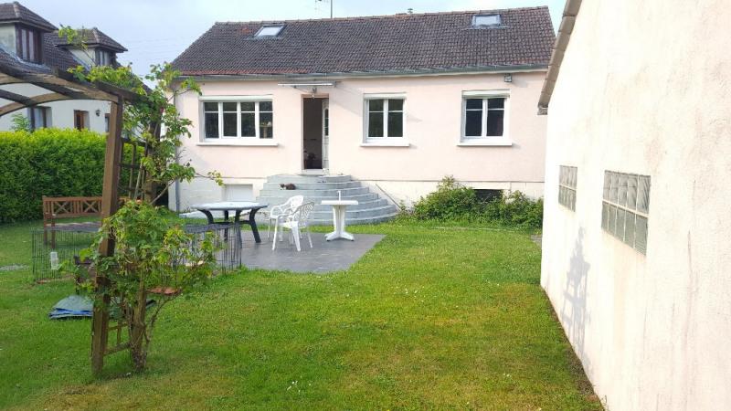 Sale house / villa Auneuil 168000€ - Picture 1