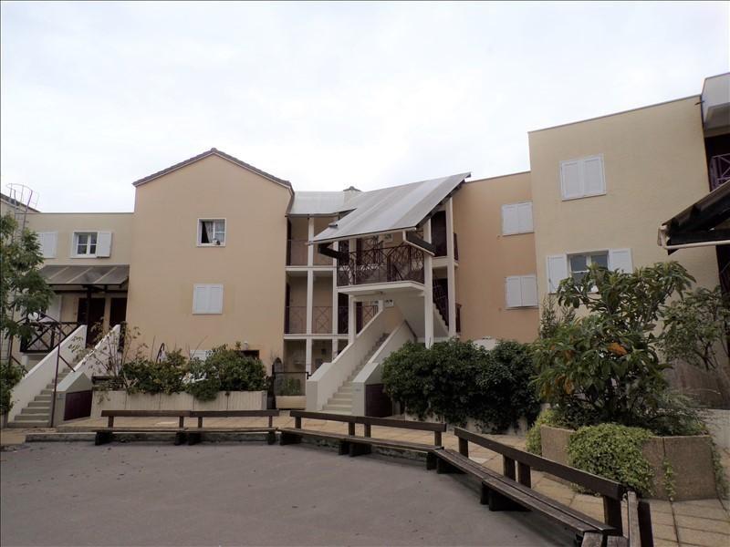 Location appartement Montigny le bretonneux 855€ CC - Photo 1
