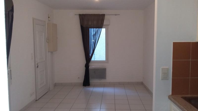 Rental apartment La brède 300€ CC - Picture 3