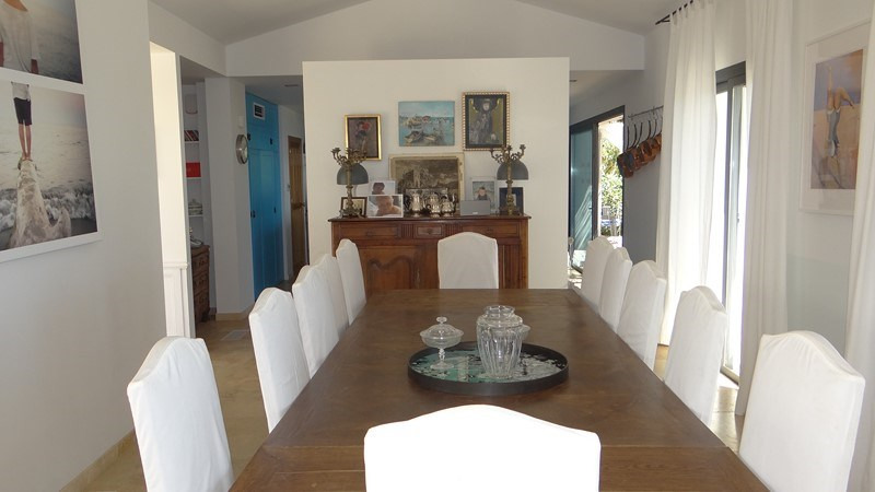 Vacation rental house / villa Le rayol 8 000€ - Picture 9