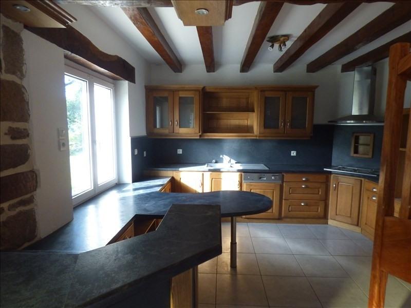 Sale house / villa Pluzunet 200500€ - Picture 5