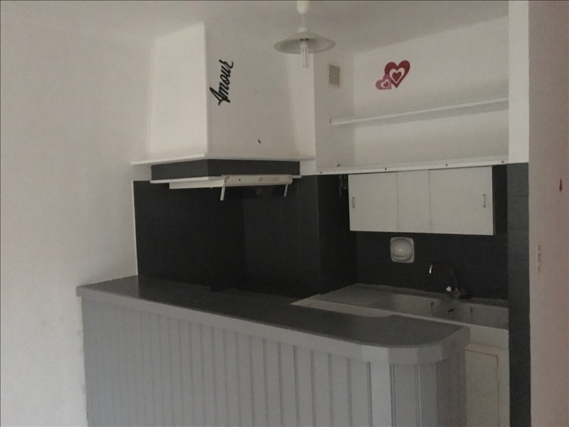 Location appartement Sanary sur mer 475€ CC - Photo 3