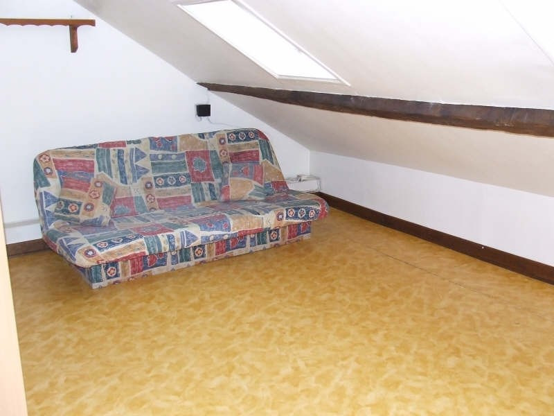 Location appartement Avesnes sur helpe 330€ CC - Photo 2
