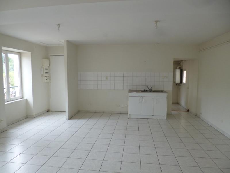 Location appartement Pontcharra sur turdine 530€ CC - Photo 1