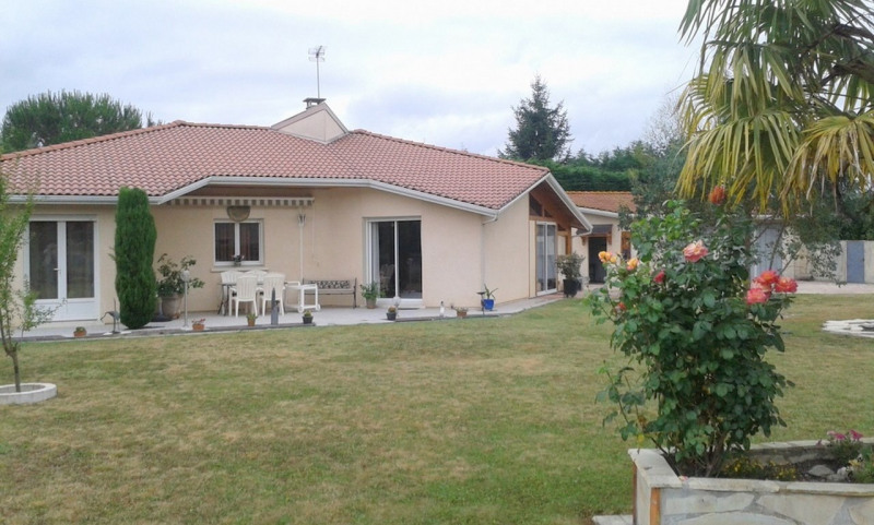 Sale house / villa Tarbes 214 000€ - Picture 1