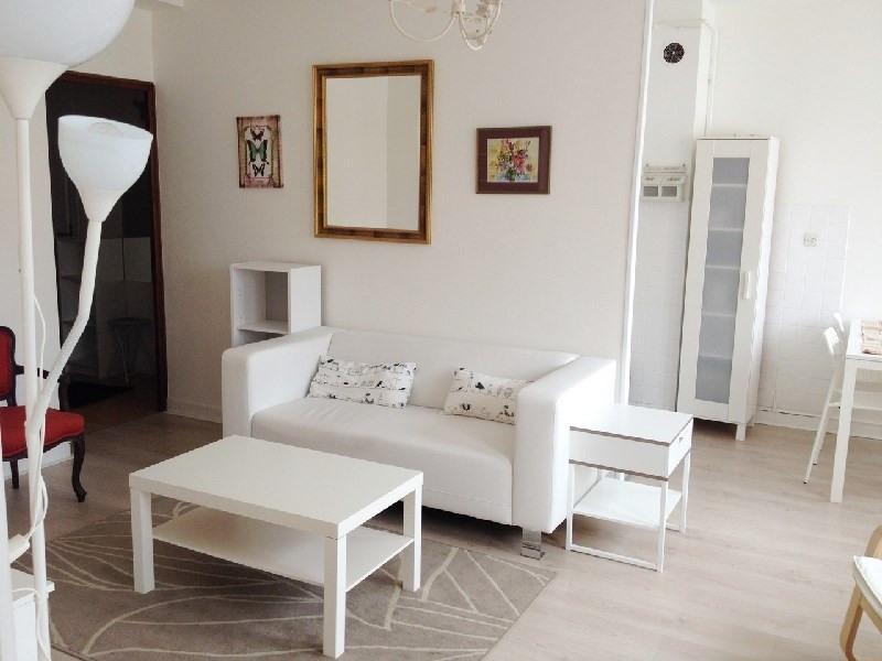 Location appartement Lyon 6ème 870€ CC - Photo 4