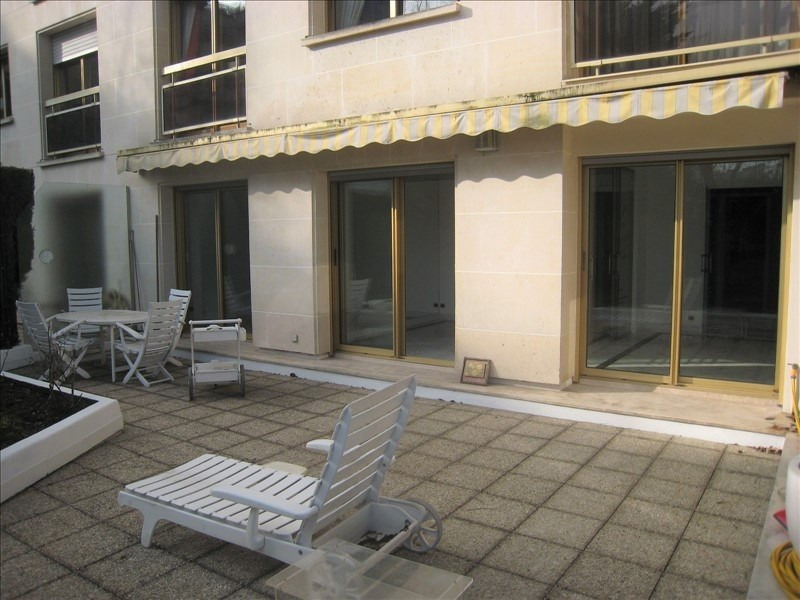 Deluxe sale apartment St cloud 1 050 000€ - Picture 6