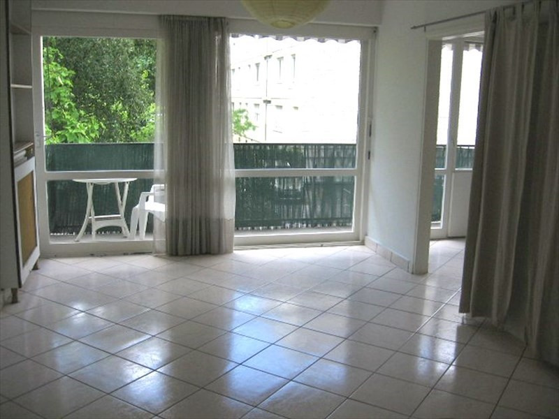 Location appartement Evry 1150€ CC - Photo 1