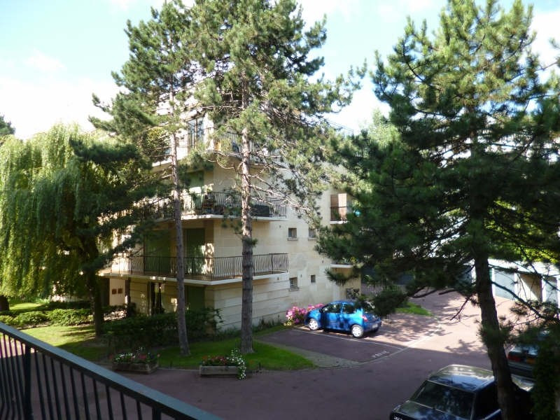 Location appartement Le plessis robinson 1306€ CC - Photo 4