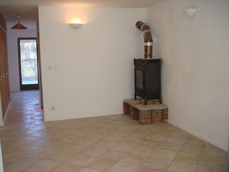 Location appartement La crau 580€ +CH - Photo 3