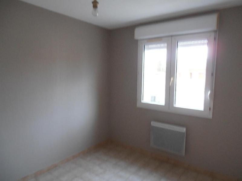 Location appartement Izernore 396€ CC - Photo 3