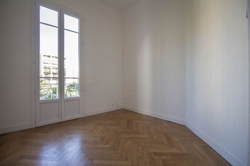 Rental apartment Nice 720€ CC - Picture 3