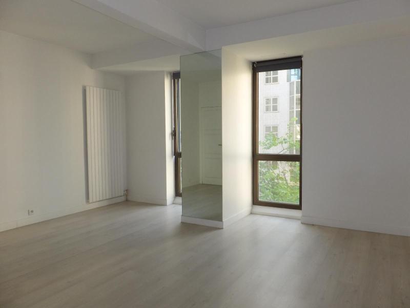 Location appartement Paris 4ème 1268€ CC - Photo 2
