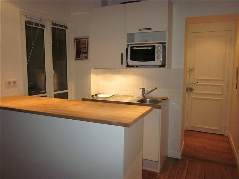 Rental apartment Versailles 700€ CC - Picture 2