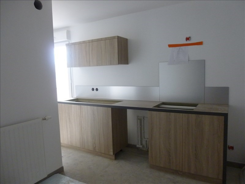 Location appartement Bordeaux 829€ CC - Photo 1