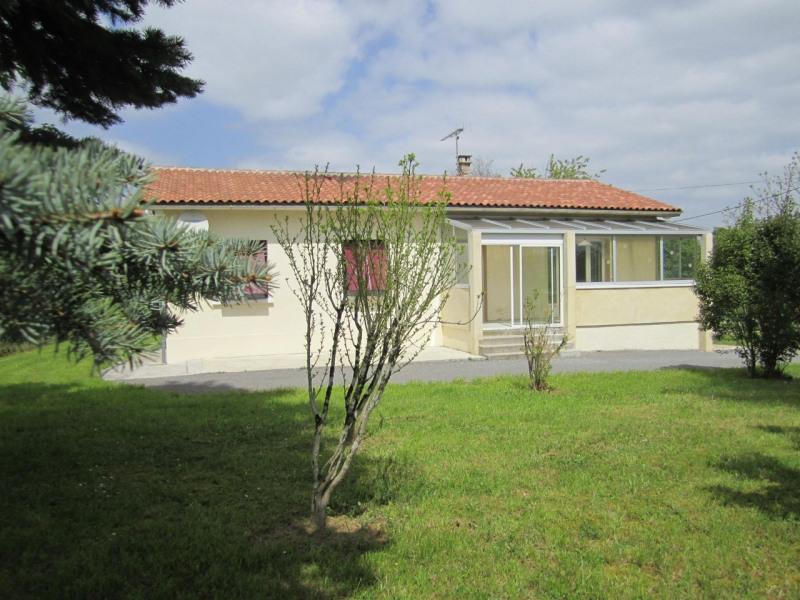 Sale house / villa Barbezieux-saint-hilaire 162750€ - Picture 1