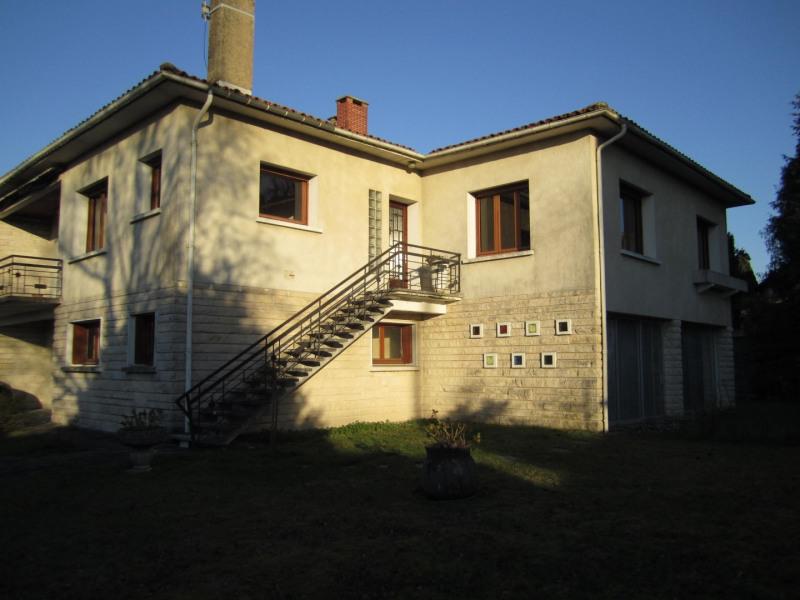 Sale house / villa Barbezieux saint hilaire 171600€ - Picture 1