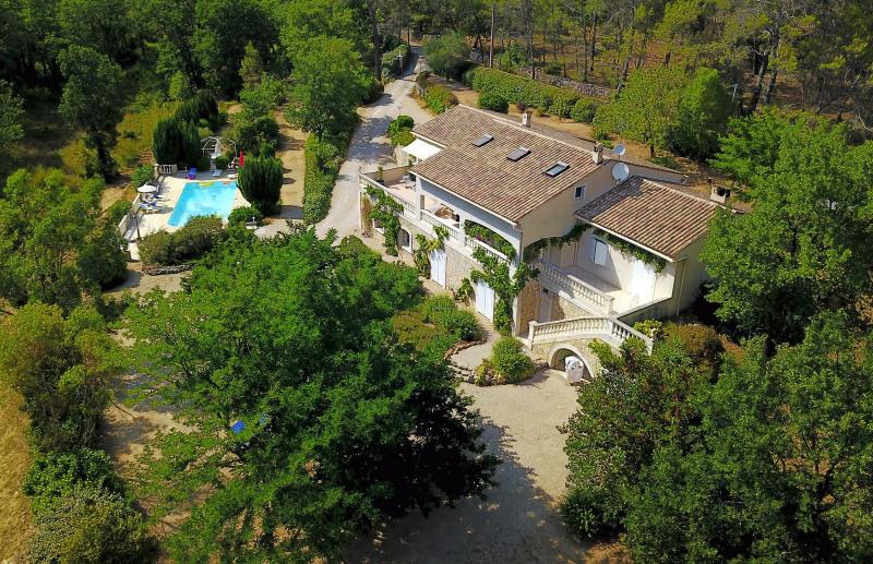 Revenda residencial de prestígio casa Tourrettes 895000€ - Fotografia 1