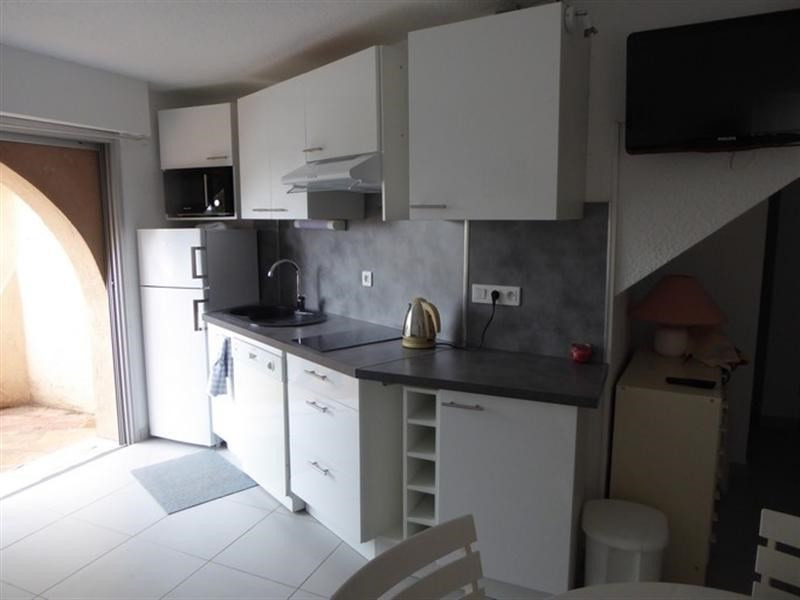 Vacation rental apartment Bandol 470€ - Picture 5