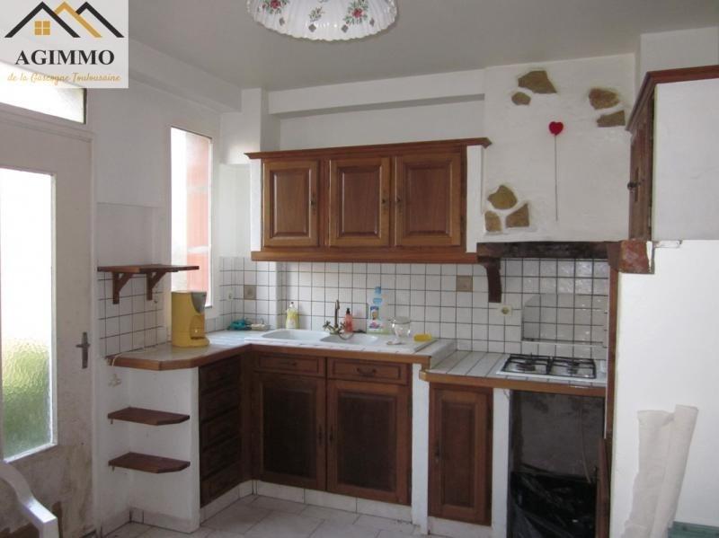 Sale house / villa L isle jourdain 98000€ - Picture 3