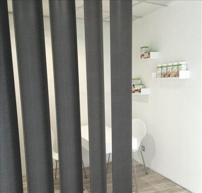 Location local commercial Cholet 390€ HT/HC - Photo 2